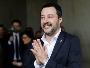 """Salvini: """"Cancelleremo la mafia nel giro di qualche mese o anno"""""""