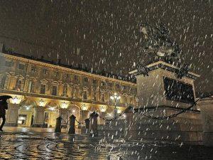 Meteo, neve in arrivo anche in città: da giovedì primi fiocc