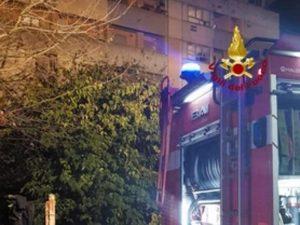 Incendio in una abitazione di Prato: trovati morti padre e f