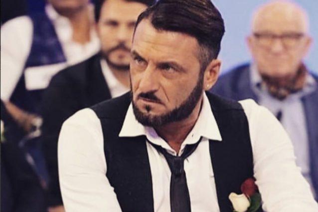 Sossio Aruta, tronista di 'Uomini e Donne', torna a giocare