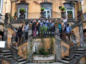 Welcome Tour a Napoli: artisti e scrittori accolgono i rifug