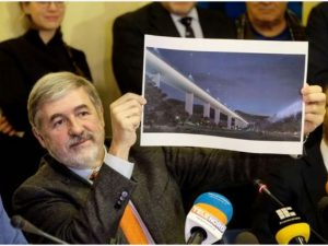 """Genova, il sindaco Bucci: """"Il Ponte Morandi sarà percorribil"""