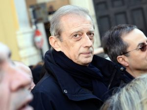 Incidente stradale per Piero Fassino: frattura dello sterno