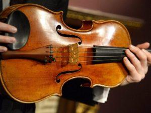 A Cremona nasce la Banca del Suono per salvare i violini Str