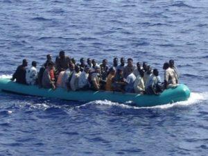 """Migranti, la Cassazione: """"Accogliere i gay che rischiano la"""