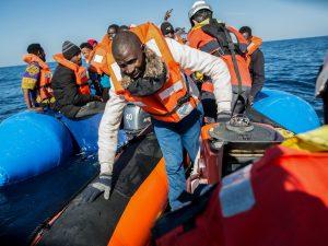 """Onu bacchetta Ue e Italia: """"Migranti soccorsi nel Mediterran"""