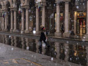 Meteo, la neve è arrivata: atteso peggioramento al Centro Su