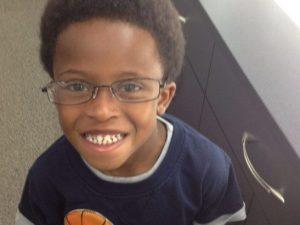 """Bimbo di 10 anni si suicida a casa. La mamma: """"I bulli lo to"""