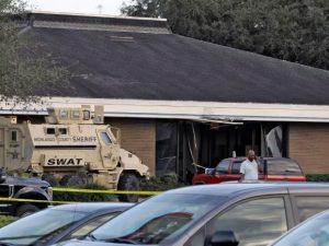 Usa, 21enne si barrica in banca e uccide 5 persone: arrestat