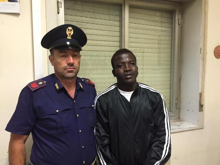 esce dal cara di mineo e uccide marito e moglie, donna stuprata: ergastolo per l'ivoriano mamadou kamara