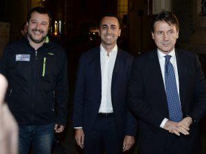 Sondaggi elettorali, Salvini e Di Maio sempre più lontani: v
