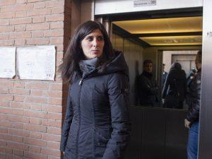 Torino |  la sindaca Chiara Appendino sotto scorta dopo le minacce degli anarchici
