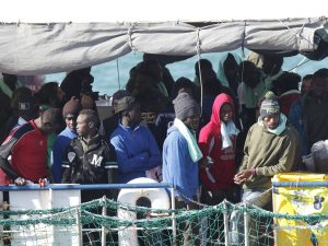 """Sea Watch può lasciare Catania. Ong: """"Bloccati per 21 giorni"""