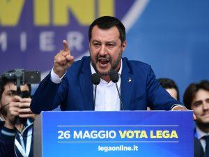 """Flat tax, Matteo Salvini al Movimento 5 Stelle: """"Basta dire no, abbassare le tasse è la priorità"""""""