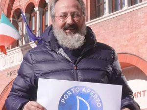 Antonio Calò, il professore che ospita i migranti a casa sua, invita Matteo Salvini a cena