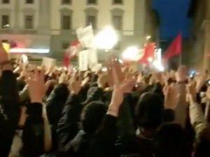 Firenze, in mille protestano al comizio di Matteo Salvini: c