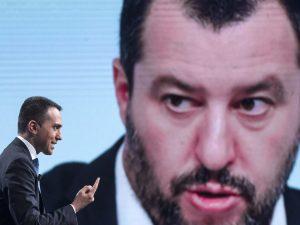 Di Maio difende Salvini sui fondi russi, ma sull'Ue attacca: