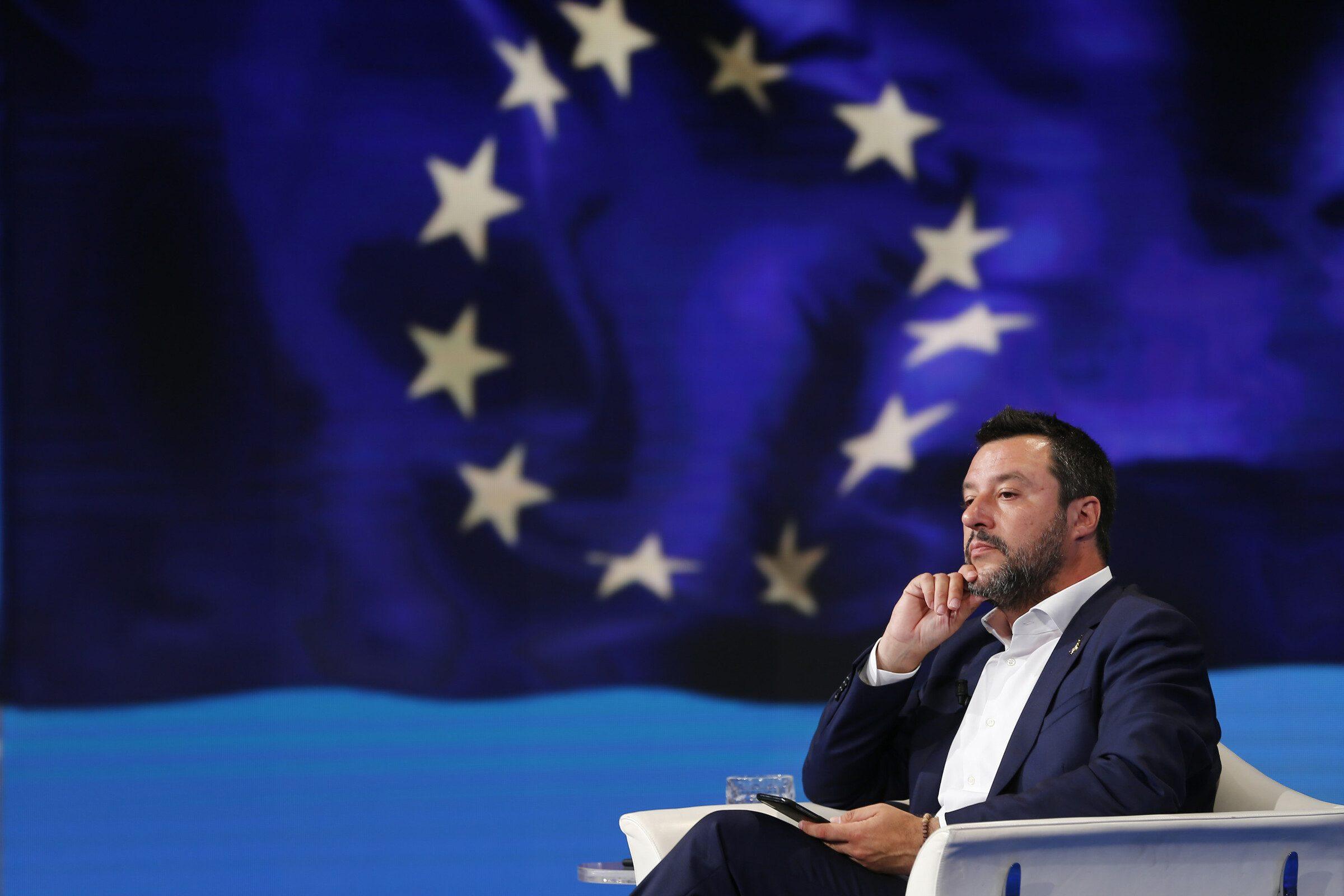 140c0ffd97 Lo spread vola verso i 290 punti, Matteo Salvini: Vediamo se arriva la  letterina da Bruxelles