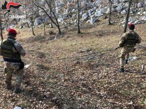 Cerignola, blitz di carabinieri ed esercito: si cercano armi e droga