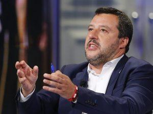 """L'annuncio di Salvini: """"Adegueremo pensioni d'invalidità, se"""