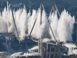 Crollo Ponte Morandi: la Guardia di Finanza sequestra 10 anni di verbali di Atlantia