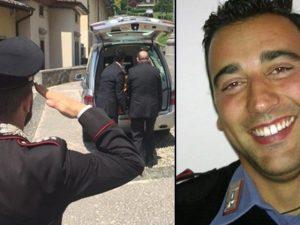 """Sulmona, i funerali del carabiniere Emanuele Anzini. La figlia: """"Papà, ti ha ucciso l'ignoranza"""""""