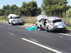 Taranto |  scontro tra un'Audi e una Golf |  due morti e due feriti gravi