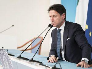 """Migranti, Conte: """"Italia insoddisfatta, Francia e Germania siano solidali ..."""