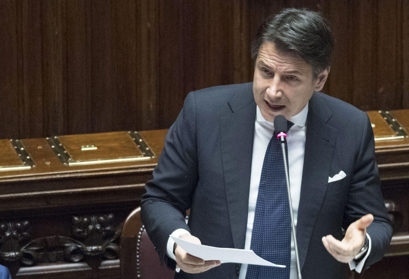 L 39 impegno di conte eviteremo l 39 aumento dell 39 iva e for Oggi in parlamento