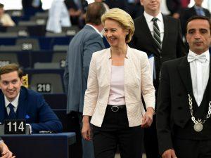 "Commissione Ue, Ursula von der Leyen: ""Lavorerò con i partit"