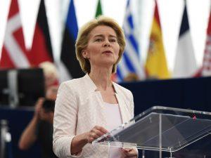 Ursula von der Leyen è la nuova presidente della Commissione