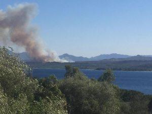 Incendi in Sardegna, altre fiamme in Ogliastra: il vasto rog