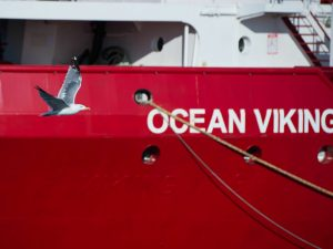 Migranti, l'Ocean Viking sbarcherà a Messina: c'è l'ok del M