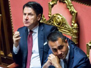 """Crisi di governo, Beppe Grillo: """"Conte è un Elevato, una dis"""
