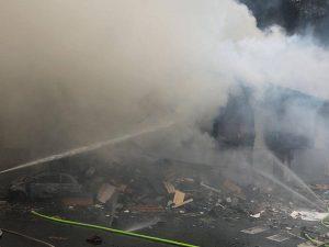 Esplosione nella fabbrica di fuochi d'artificio Vito Costa a Barcellona: almeno tre morti