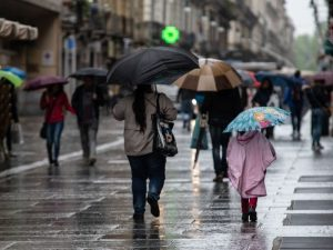 Maltempo, da giovedì doppio ciclone in arrivo: venti, nubifr