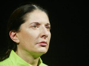"Marina Abramović a Milano con ""Estasi"": sarà possibile cenar"