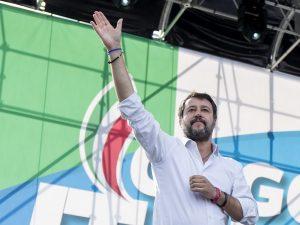 """Roma, Salvini: """"Questa è la piazza del popolo contro elite d"""
