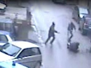 Vibo Valentia: ucciso da due sicari mentre teneva in mano il figlio di 6 anni. Catturato il killer