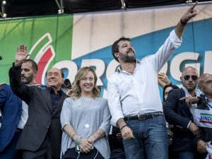 Sondaggi elettorali, vola la Lega: Salvini torna al 33%, cre