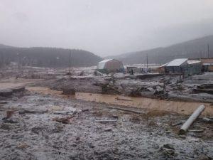 Russia, crolla una diga in una miniera d'oro: almeno quindic