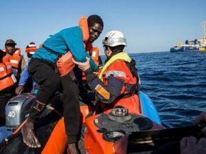 Migranti, il pull factor non esiste: nessun legame tra le On