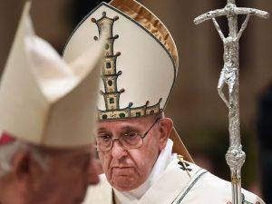 Il documento di protesta dei 100 studiosi contro Papa France