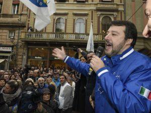 """Segre, Salvini: """"Chi nega orrori dell'Olocausto è un pazzo,"""