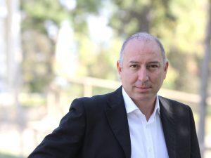 Foggia, consigliere comunale picchiato: aveva ripreso un uom