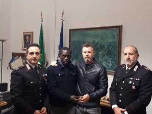 Parma, ambulante trova un Rolex e lo porta ai carabinieri. I