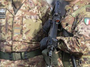 Iraq |  chi sono i 5 militari italiani feriti nell'attentato |  ecco i nomi