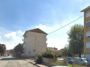 Dramma a Novara, 39enne uccisa in casa dal compagno a Trecat