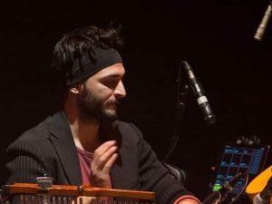 Incidente all'alba sulla Messina Palermo, il musicista Claud