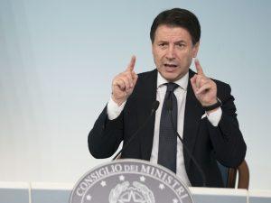 """Banca Popolare di Bari commissariata, Cdm esamina decreto per salvarla. Salvini: """"Conte si dimetta"""""""